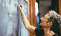 Σχολεία: Αποχωρούν μαζικά οι εκπαιδευτικοί. Ρεκόρ δεκαετίας στις αιτήσεις παραίτησης